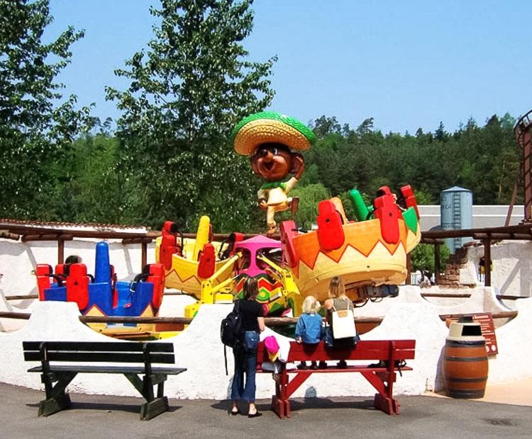 Une attraction que vous voudriez voir au Parc Du Bocasse ? Sombrerito05