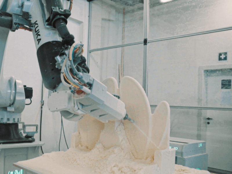 Robotic Milling Cell